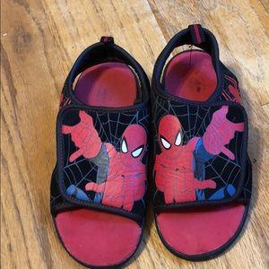 Spiderman velcro sandals boys 11-12 shoe